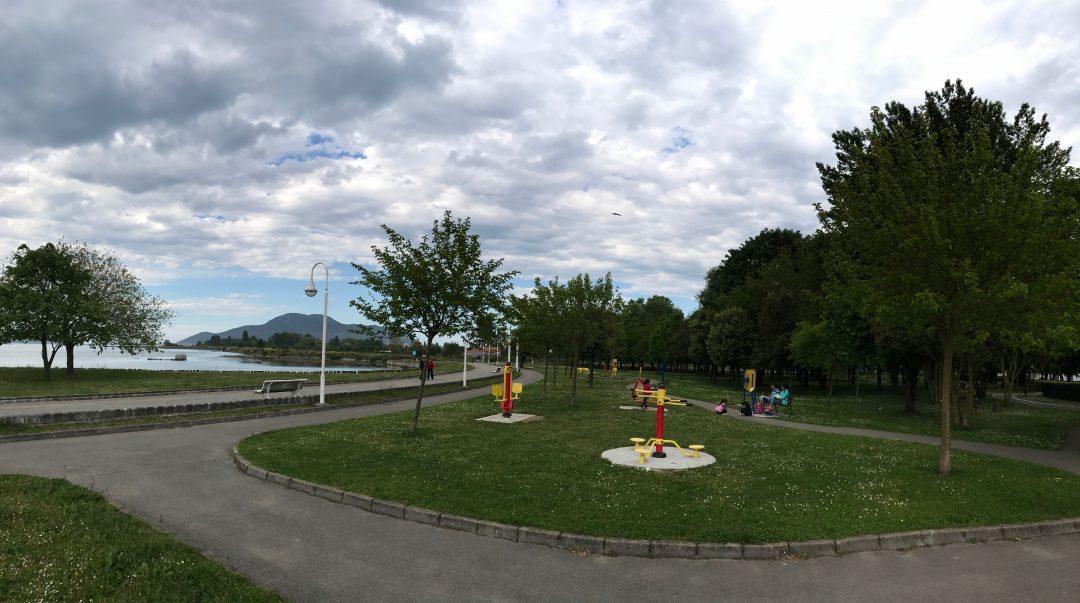 El Ayuntamiento de Colindres invertirá este año 29.000 euros en obras de mejora y mantenimiento en los parques del municipio