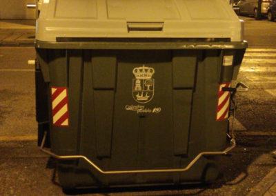 Colindres comienza la sustitución de los contenedores de basura más deteriorados