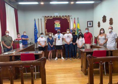 El Ayuntamiento de Colindres en Pleno, recibe al campeón del mundo, Ernesto Goribar